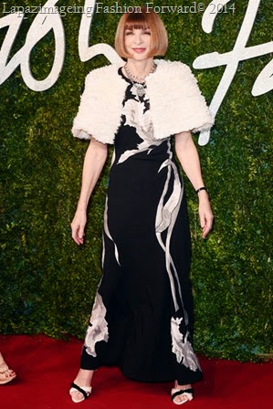 Anna Wintour in John Galliano