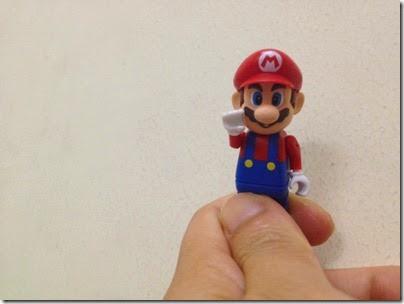 K'NEX Super Mario Kart Mario Figurine