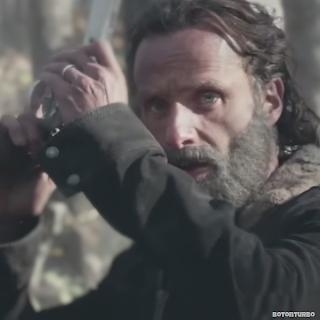 'The Walking Dead' llama a sobrevivir juntos, en su último vídeo promocional…