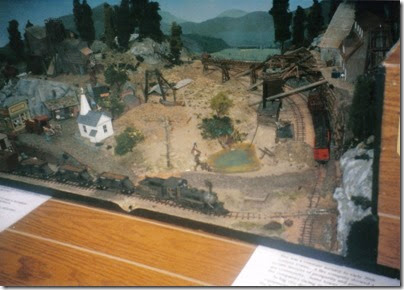 02 Diorama at the Triangle Mall in February 1997
