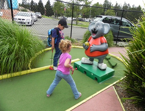 Mini Golf 5 - Kids in the Park