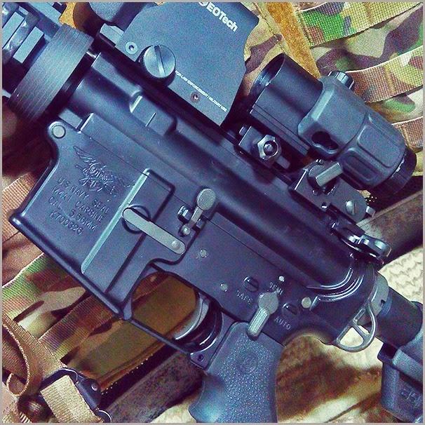 002 左側槍身