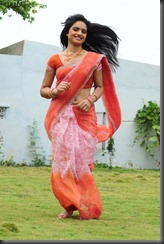 ritu_kaur_new%2520stylish%2520pic_thumb.jpg?imgmax=800