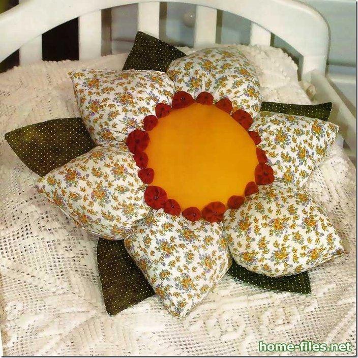 cojin en forma de flor 2