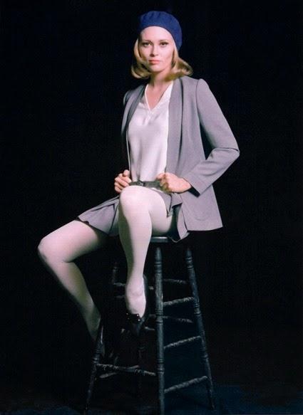 Faye Dunaway 030