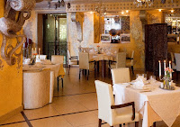 Основной зал ресторана.jpg