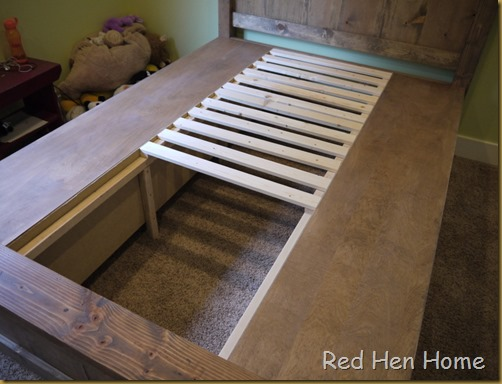 Red Hen Home Handbuilt Bedroom Bed 12