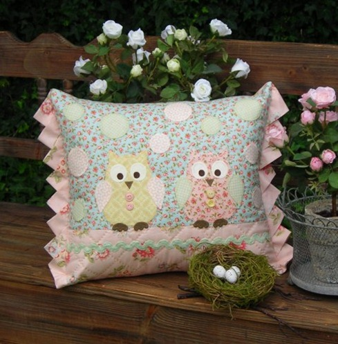 #NEW DESIGN        Two Hoots (1) (479 x 478)