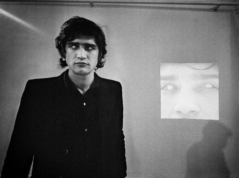Giuseppe Penone (Rovesciare i propri occhi 1970)