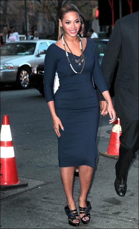 Beyonce in sapphire blue Victoria Beckham dress