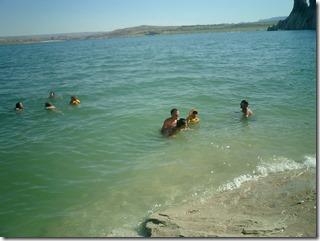 SwimmingLakePowell
