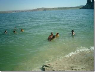SwimmingLakePowell