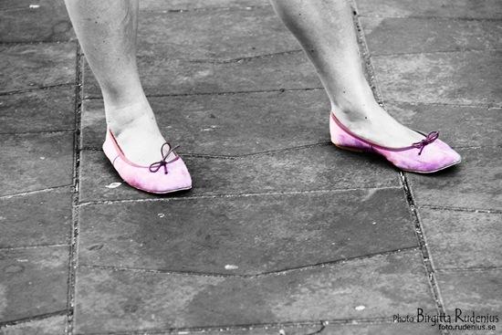feet_20111002_pink
