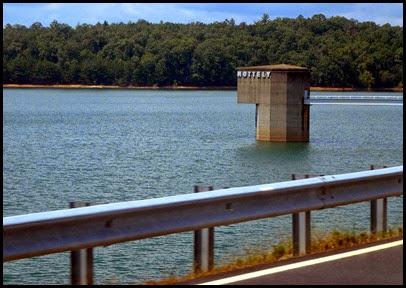 19a - Tuesday - Nottely Lake Kayak - crossing Nottely Dam