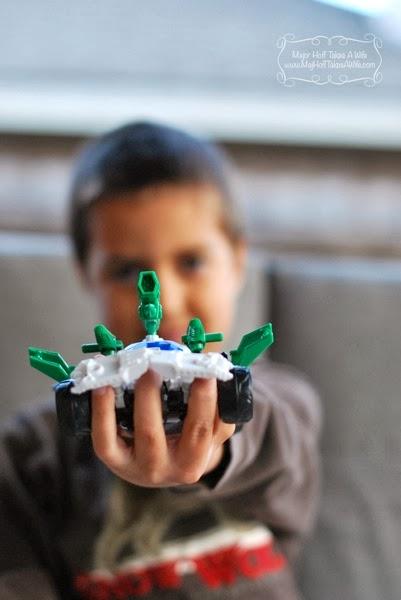 Wheeljack transformer toy up close