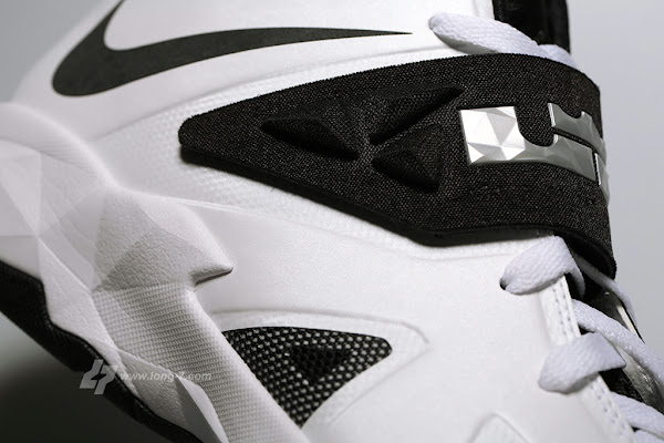 New Pics  Nike Zoom Soldier VII TB White Black and Silver