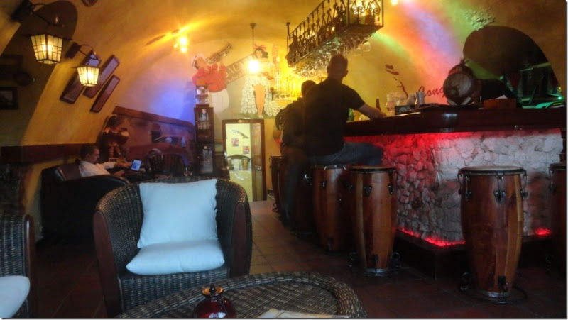 02d mr congas bar