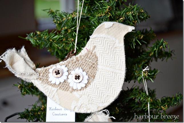 single bird ornament ps