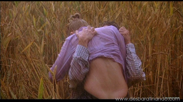 scarlett-johansson-linda-sensual-sexy-sexdutora-tits-boobs-boob-peitos-desbaratinando-sexta-proibida (392)
