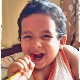 Fun with Toothbrush by Molay Ghosh - Novices Only Portraits & People ( naughty, happy, baby, cute, kid,  )