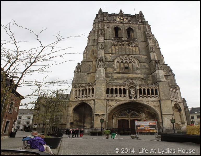 Basilica of Our Lady  Tongeren 2