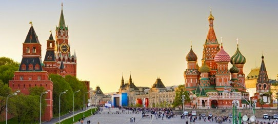 Red-Square-Moscow-Russia-600x1024