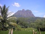 Parang - the fabulous andesite mountain (Daniel Quinn, April 2011)