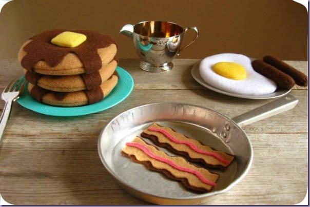 comidinhas-feltro-panquecas-ovo-frito-bacon