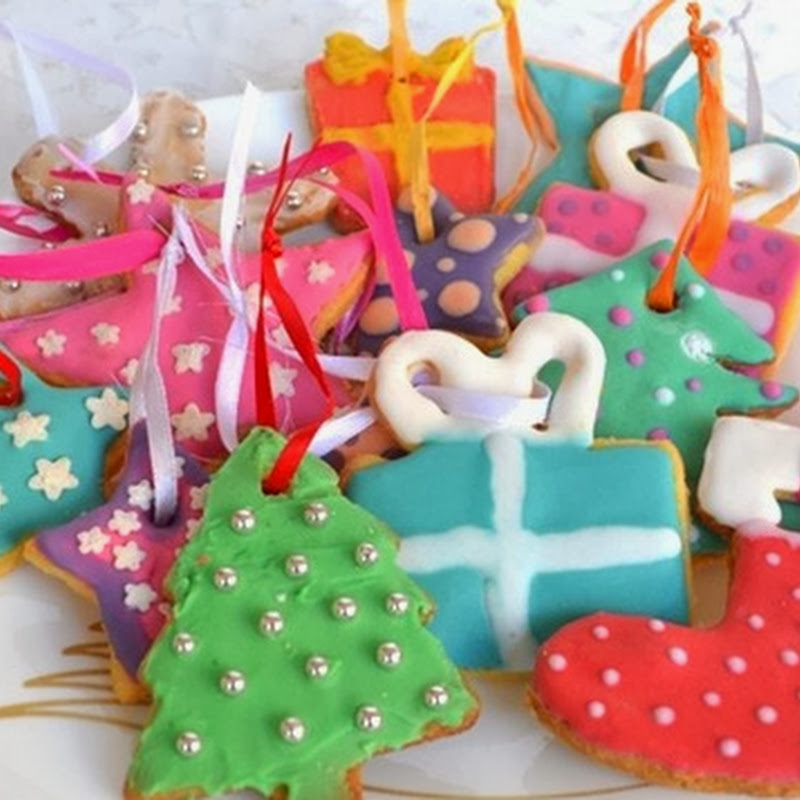Χριστουγεννιάτικα στολίδια με μπισκότο