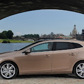 2013-Volvo-V40-New-26.jpg