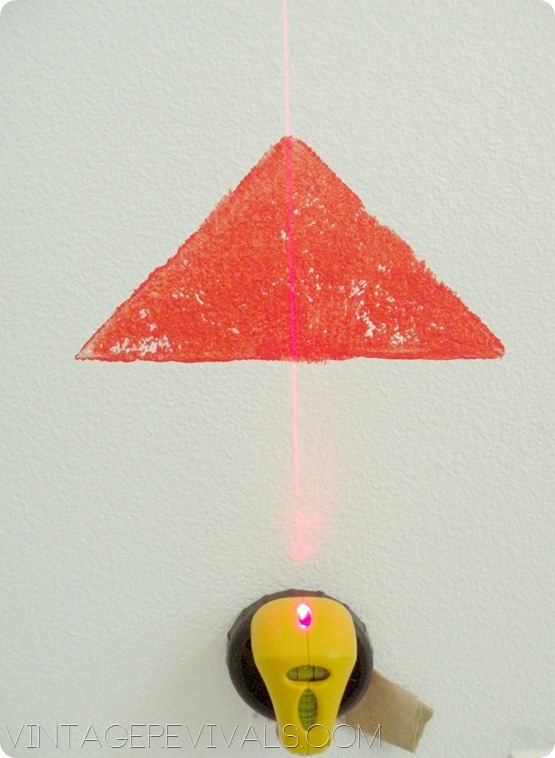 How To Stencil A Wall Using A Laser Level