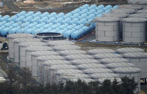 Overview of improvised radioactive water storage tanks at the Fukushima Daiichi nuclear plant. Samples of groundwater taken from monitoring holes around the sunken reservoirs at the Fukushima No. 1 nuclear plant are radioactive. Photo: via The Liberty Beacon