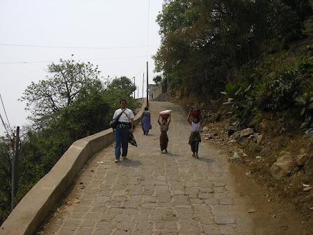 Travel to Guatemala: visit Atilan