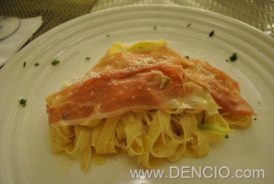 Caruso Ristorante Italiano Boracay 14