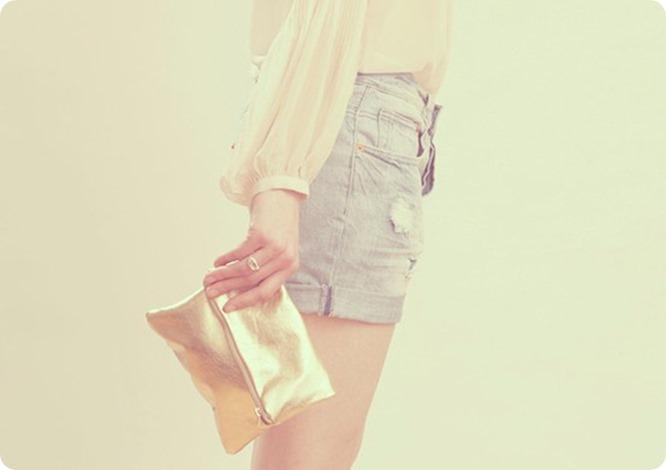 clutch-dourada (1)