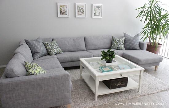 Living Room Pillows from www.simpleispretty.com