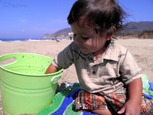 gio's beach in a bucket