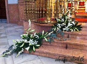 exorno-floral-para-boda-en-la-iglesia-de-sanra-maria-de-la-victoria-de-malaga-y-celñebración-(28).jpg