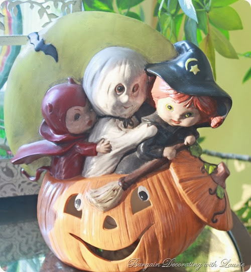 Vintage Halloween-Bargain Decorating with Laurie