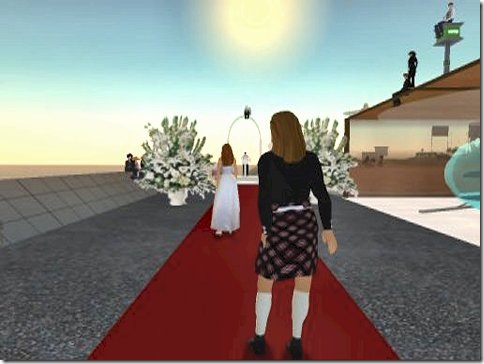 2003-11-22 Walking to the altar 01 - fc size