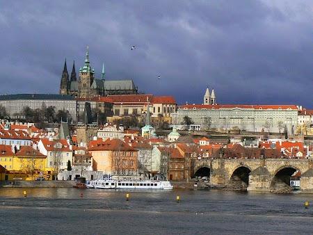 08. Hrad, palatul din Praga.jpg