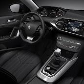Yeni-2014-Peugeot-308-ic-mekan-2.jpg