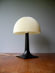 Mushroom lamp with ribbed shade in black and white, unmarked
