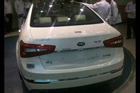 2013-Kia-K7-Cadenza-_1