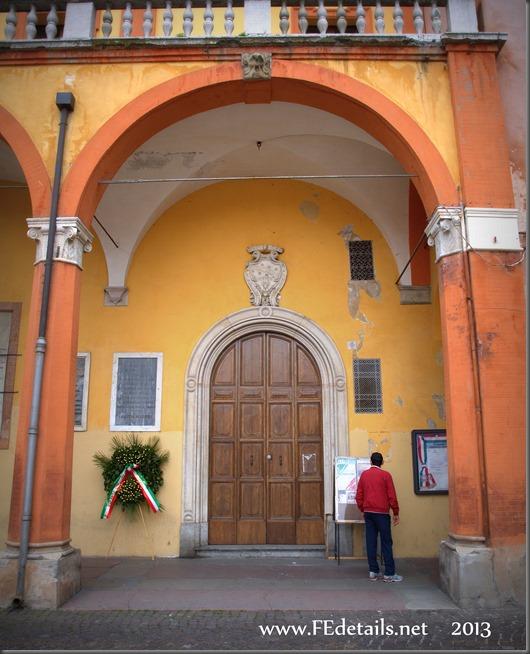 Palazzo Comunale di Cento, Foto2, Cento, Ferrara, Emilia Romagna, Italia - Town Hall of Cento,photo2, Cento, Ferrara, Emilia Romagna, Italy - Property and Copyrights of FEdetails.net