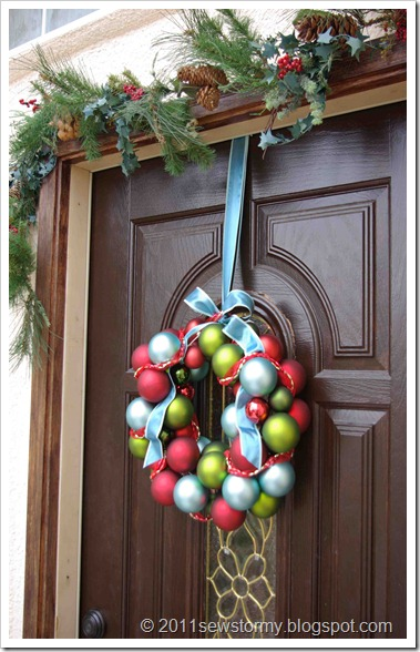 Christmas Bulb Wreath