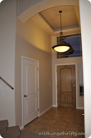 entry way and desk 001