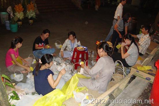phong-su-dem-khong-ngu-truoc-gio-dua-tien-on (6)