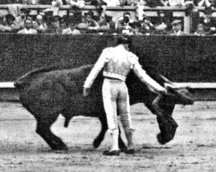 1936-06-10 (p. MG) Madrid Montepio Ortega 2 orejas (2)