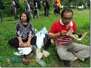 Makan di Hutan_06